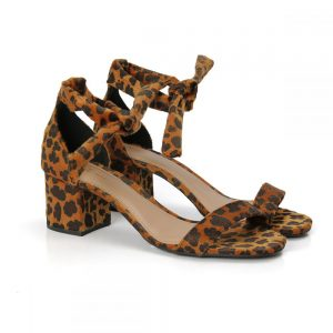 sandalia feminina, sandalia salto baixo, sandalia onça, sandalia animal print, salto 6 cm, sandalia gisele, sandalia preta, sandalia rose